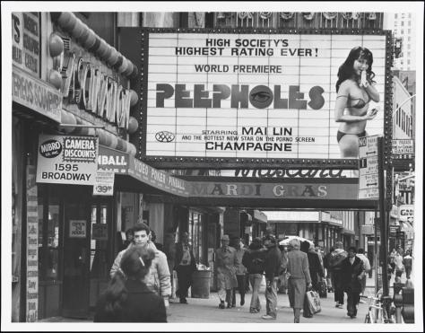1595 Broadway